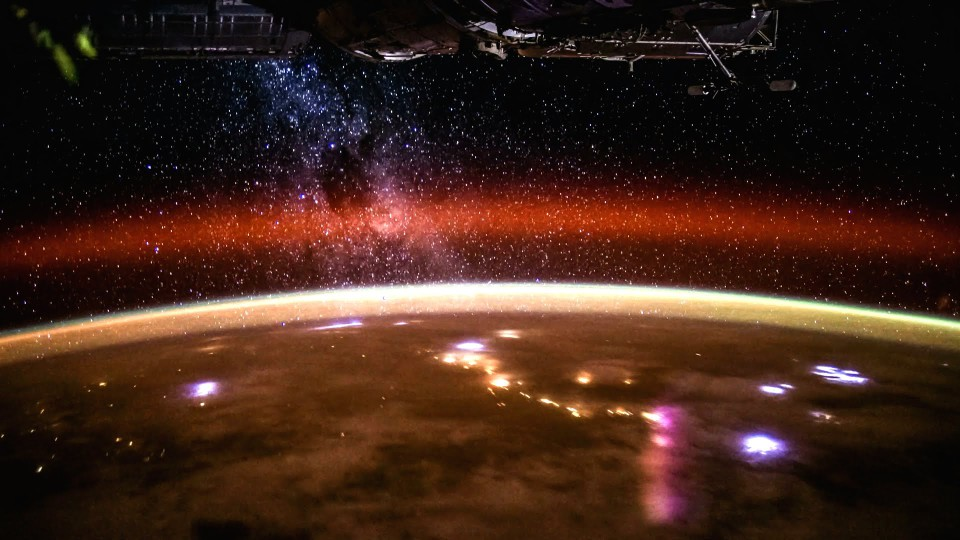 Breathtaking Time-Lapse Video of Earth From Space