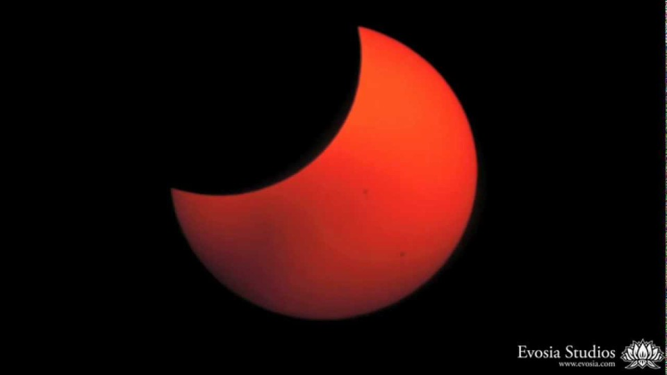 Ring of Fire – Extended: May 2012 Solar Eclipse Timelapse over White Pocket, AZ